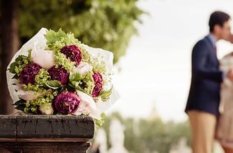 Engagement photographer in Paris France